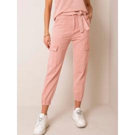 Brudnoróżowe spodnie jeansowe cargo